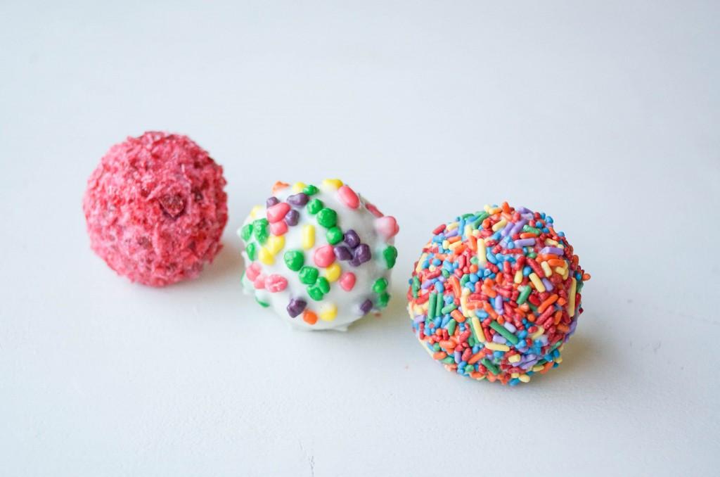 Cake Pop Ring | Erin Bakes