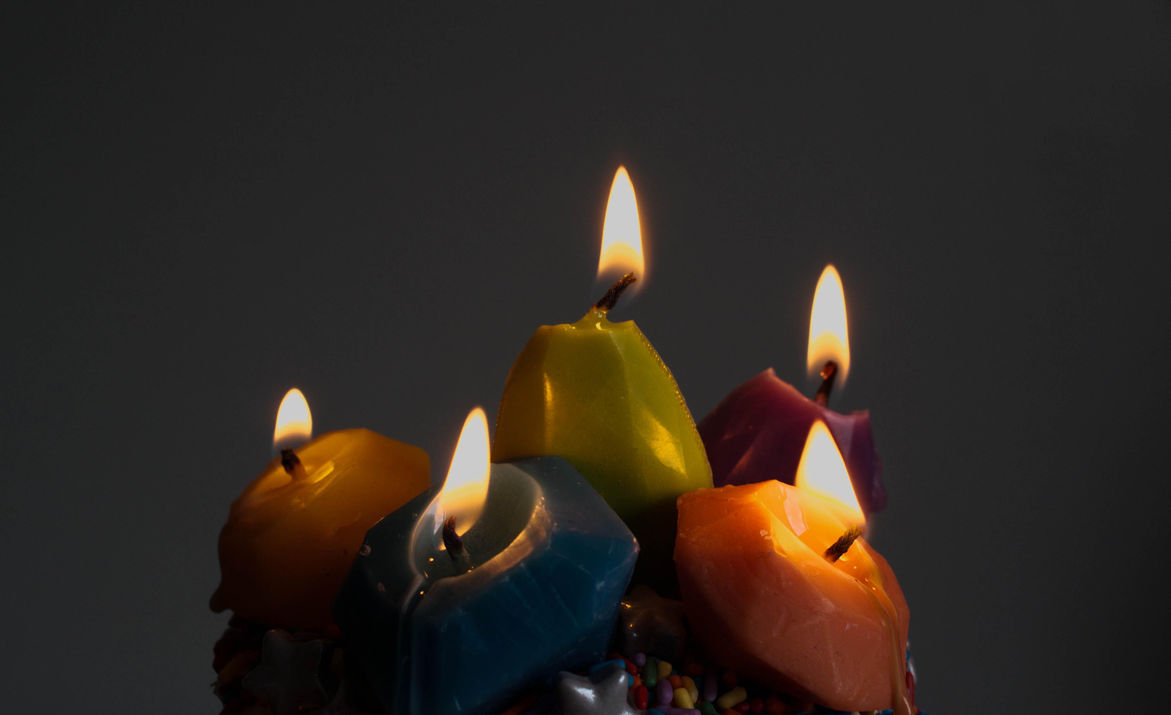 Custom Beeswax Candles | Erin Bakes