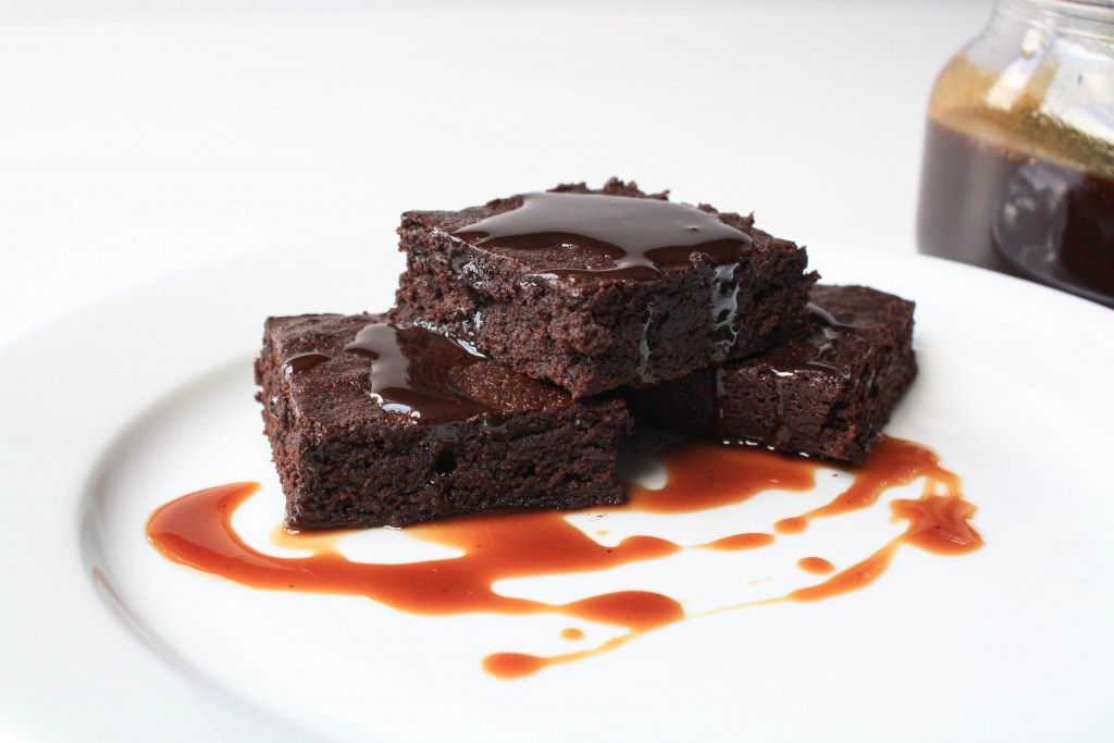 Delicious Gluten Free, Dairy Free, Refined Sugar Free Brownies   Erin Bakes