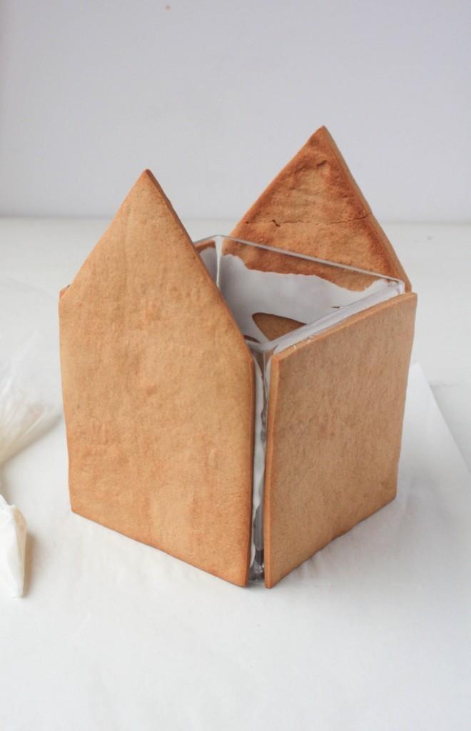 How to Make a Gingerbread Vase | Erin Gardner