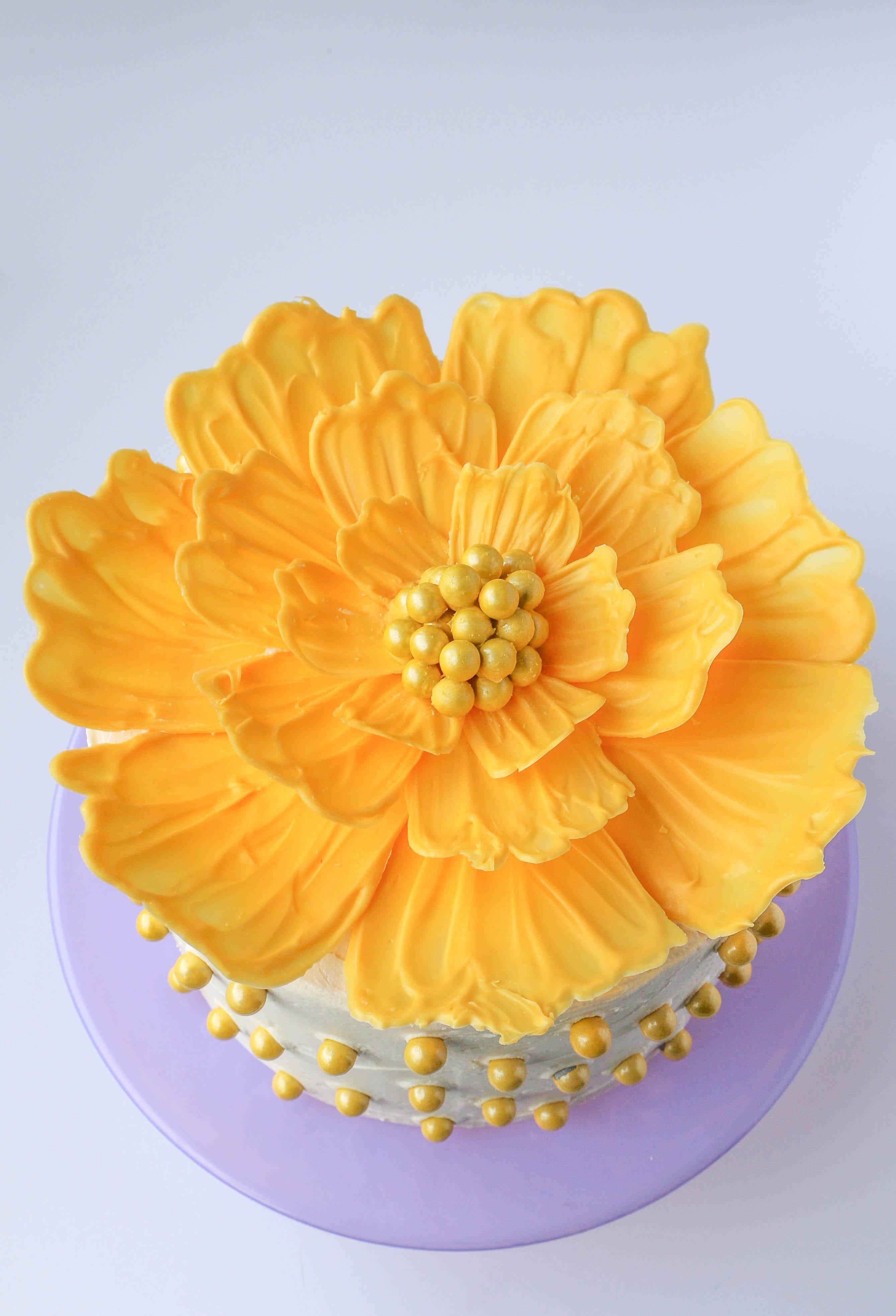 Как сделать цветы из масла на торт фото
