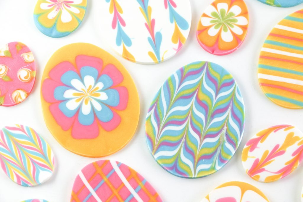 Marbled Chocolate Easter Eggs | Erin Bakes | The Cake Blog