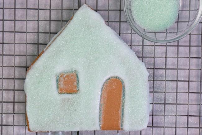 Adding Sanding Sugar to Iced Gingerbread Panels | Erin Gardner | Erin Bakes