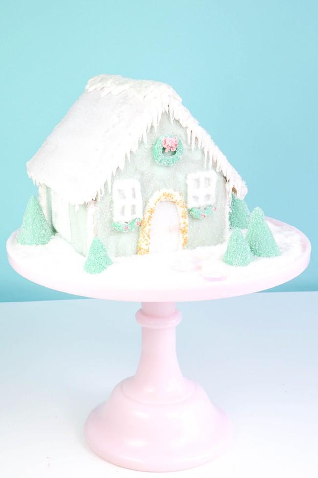 Putz Gingerbread House | Erin Gardner | Erin Bakes